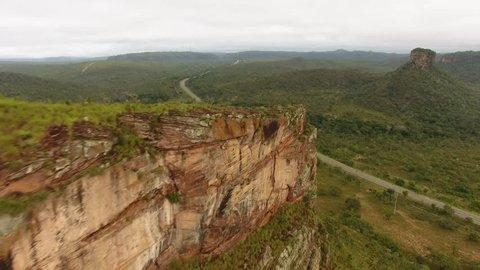 """Aerial view of Transamazônica Highway (BR-230), """"cerrado"""" ecossistem and sedimentary rock formations of Chapada das Mesas, Carolina, maranhão, Northeast Brazil."""