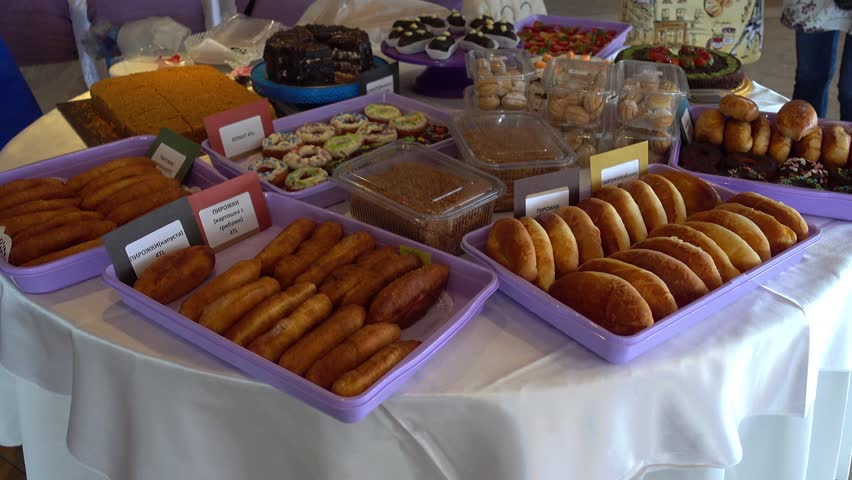 4K Buffet with big selection of Russian goodies for sale   | Shutterstock HD Video #1007555401
