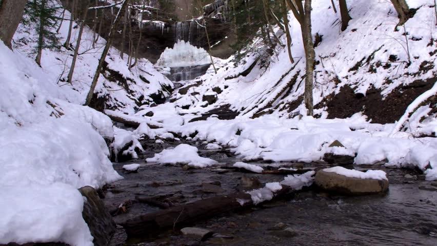 Tinker Waterfall in the Winter