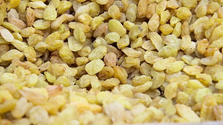 raisins. raisins for food textures. many raisins. raisins close up