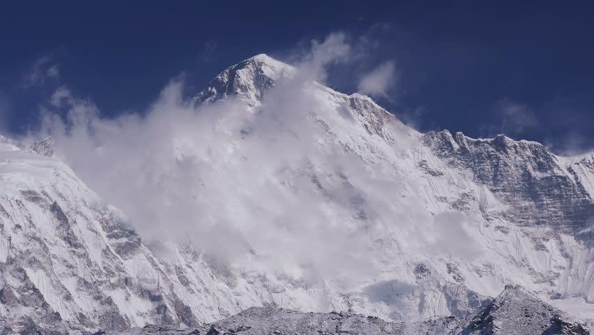 Time Lapse of Cho Oyu peak (8188 m) at sunrise. Nepal, Himalaya mountains.