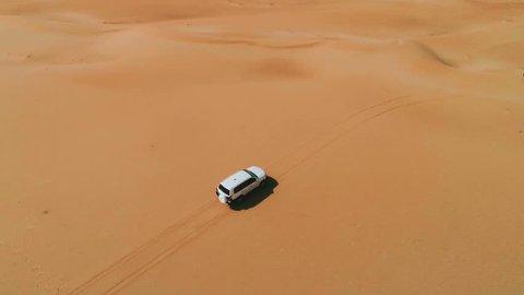 Jeep rides through the desert