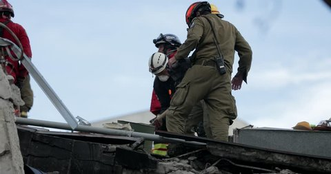 Mexico City, / Mexico - September 21 2017: Israeli Soldiers Search For Earthquake Casualties Digging Through The Rubble