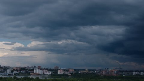TIME-LAPSE: Coming hard thunderstorm over Novosibirsk city, Russia