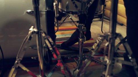 Bass drum playing