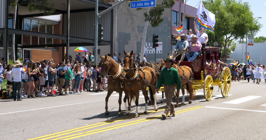 Los Angeles California Usa July 4 2018 Wells Fargo Bank Carriage Of Horses Participates In Gay And Lesbian Lgbt Pride Parade In Los Angeles