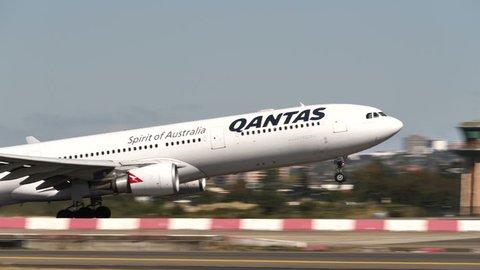 QANTAS AIRBUS A330-300 VH-QPG at SYDNEY AIRPORT AUSTRALIA - September 23, 2017