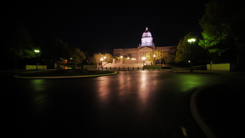 Kentucky State Capital At Night In Frankfort Image Free
