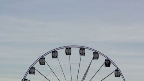 Ferris wheel rotate by day