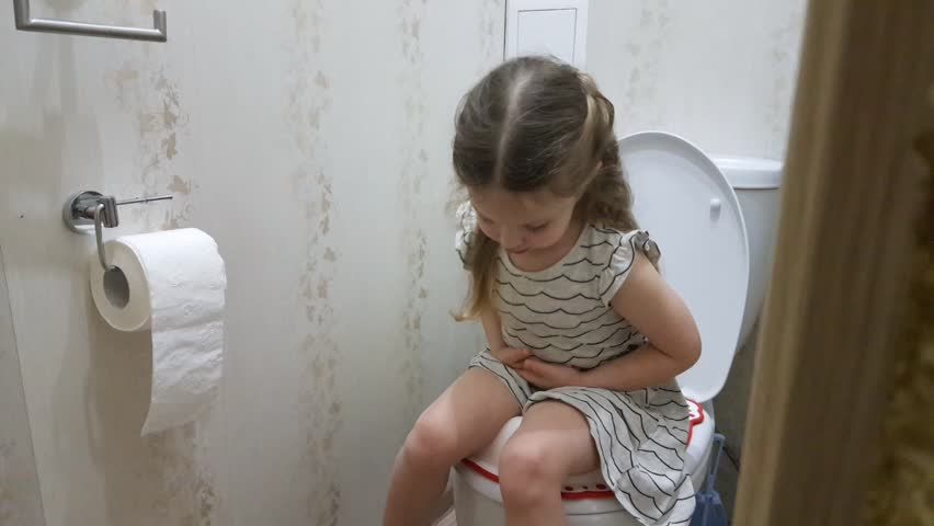 Girls toilet videos girls