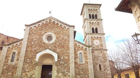 Castellina in Chianti, IT: Church of this typical comune in the province of Siena, Tuscany. It is known worldwide for the wine produced in and named for the region, Chianti.