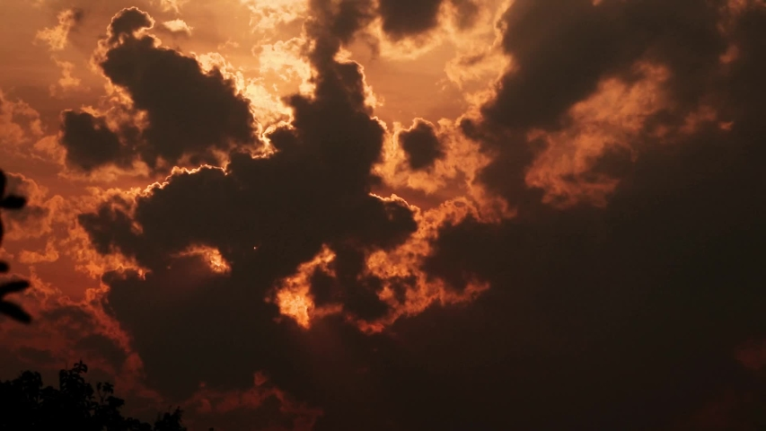 TIME LAPSE SUNSET CLOUD DARK IN THE SKY #1039144025