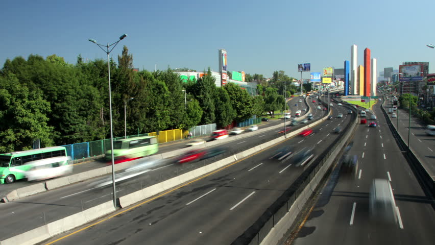 MEXICO STATE, MEX. 07/08/15 (TIME LAPSE): Vehicles moving through the highway. Mexico has a big environmental and health problem because the vehicle fleet growth and insufficient streets to circulate