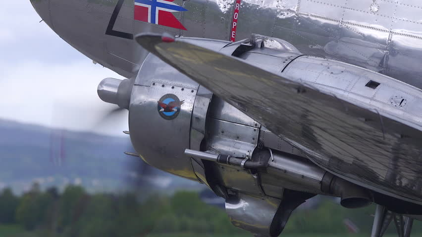 Stock video of kjeller airport norway - september 2015 | 12215495 | Shutterstock : flames from exhaust pipe - www.happyfamilyinstitute.com