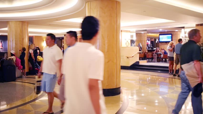 Nyc Aug 24 2017 People In Hall Of Hotel Hilton Brand Hotels And Resorts Includes More Than 540 78 Countries Stock