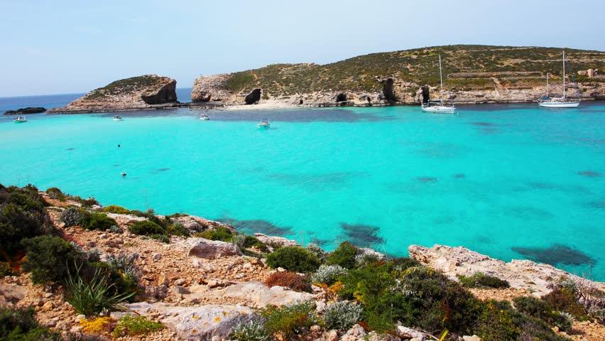 The World Famous Blue Lagoon Videos De Stock 100 Libres De Droit 12499025 Shutterstock
