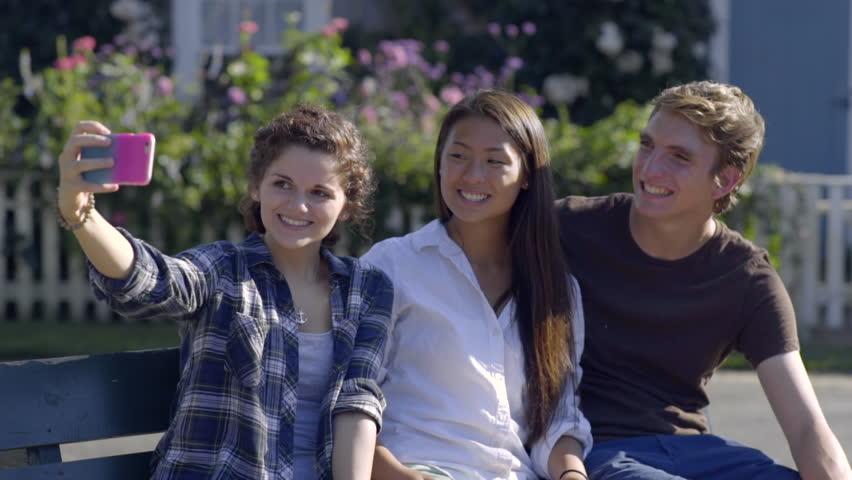 Teen friends movie — img 3