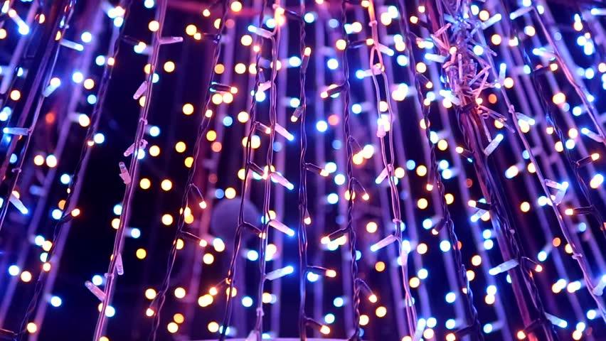 Christmas lights - Стоковое видео «Christmas Lights» (абсолютно без лицензионных