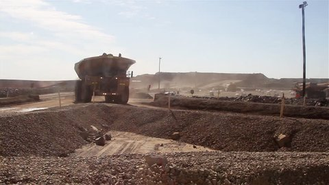 Large Diggers Gold mining in Western Australia