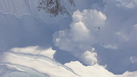 AERIAL WS Avalanche on summit of Tordrillo Mountains / Alaska, USA. - Tordrillo Mountains, Alaska, USA - 18/06/2013