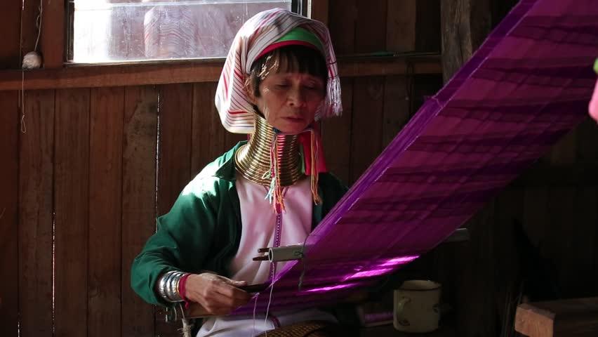 girls-flashing-necked-girl-videos-in-myanmar-arab-girl-photo