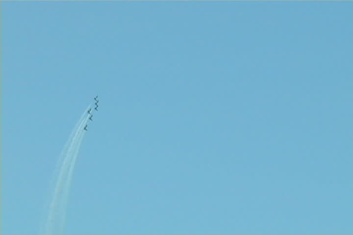 """""""Thunderbirds"""" performing in air show in Chicago."""