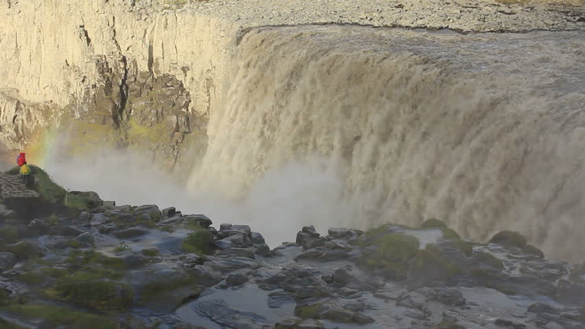 Dettifoss on Iceland: Europe's largest waterfall - Tourists watching