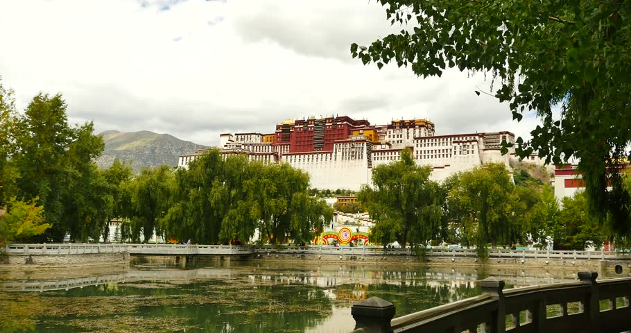4k Potala reflection on lake in Lhasa park,Tibet.lake with willow. gh2_09757_4k