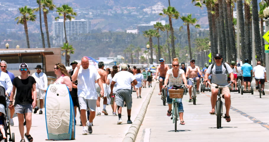 Los Angeles hits a milestone: 4 million people and counting