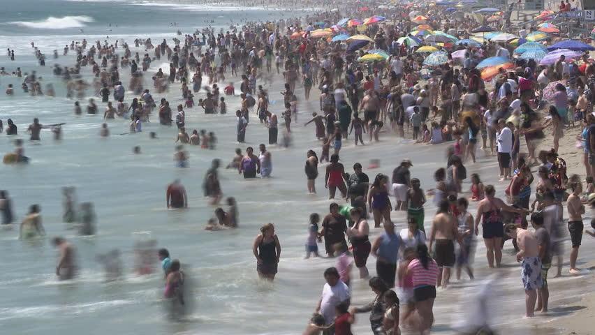 Crowded Beach #1808555