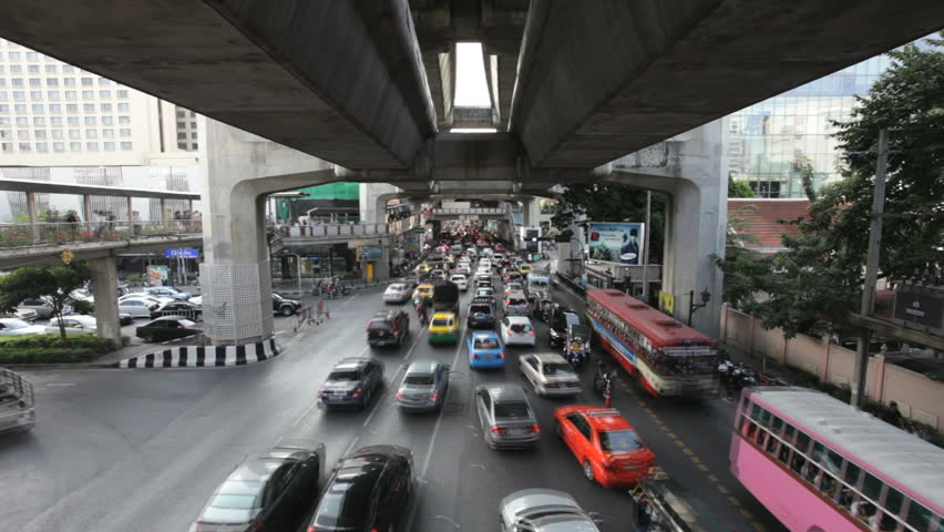 BANGKOK - NOVEMBER 19 (Timelapse view): View of the traffic under the Siam BTS