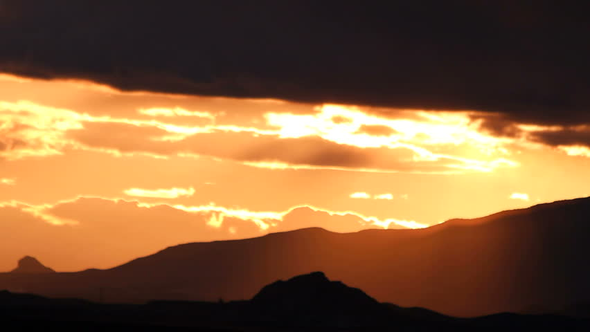 Time Lapse, Magnificent molten mountain sunset silhouette. 1080p