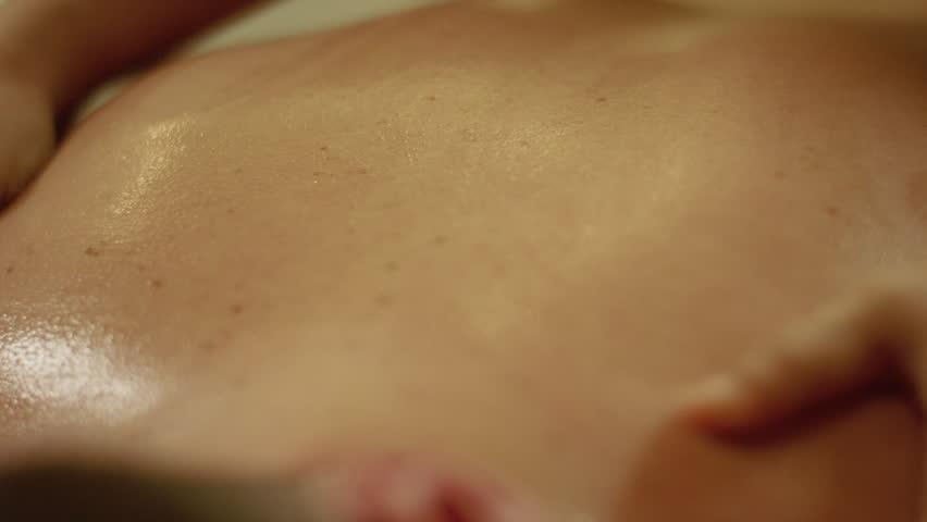 Aromatherapy Oil Massage