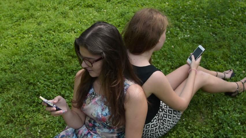 free outdoor teen clip