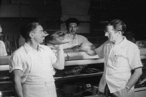 1950s Soldiers Undergo An Vidéos De Stock 100 Libres De