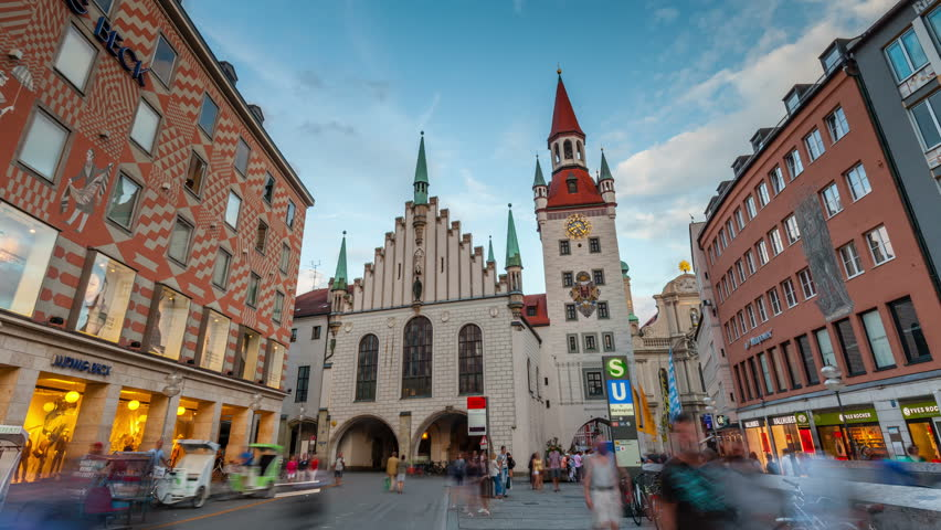 MUNICH, GERMANY - JULY 28, 2016: Hyperlapse video of Old Town Hall (Altes Rathaus) at Marienplatz in Munich, Germany. Timelapse view in 4K.