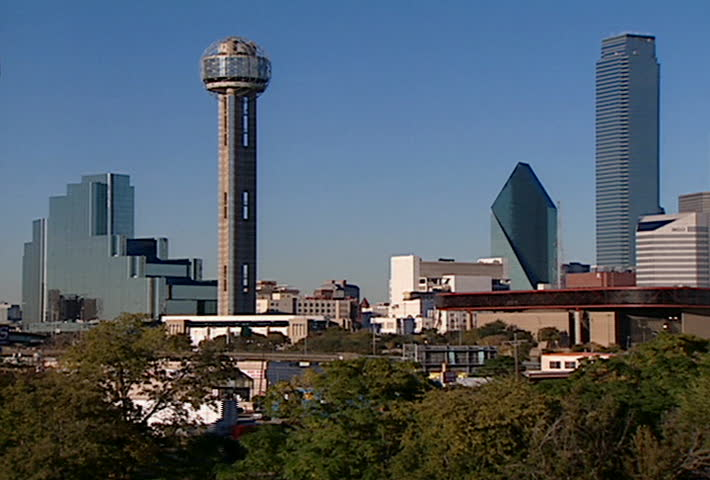 Dallas Skyline - pan