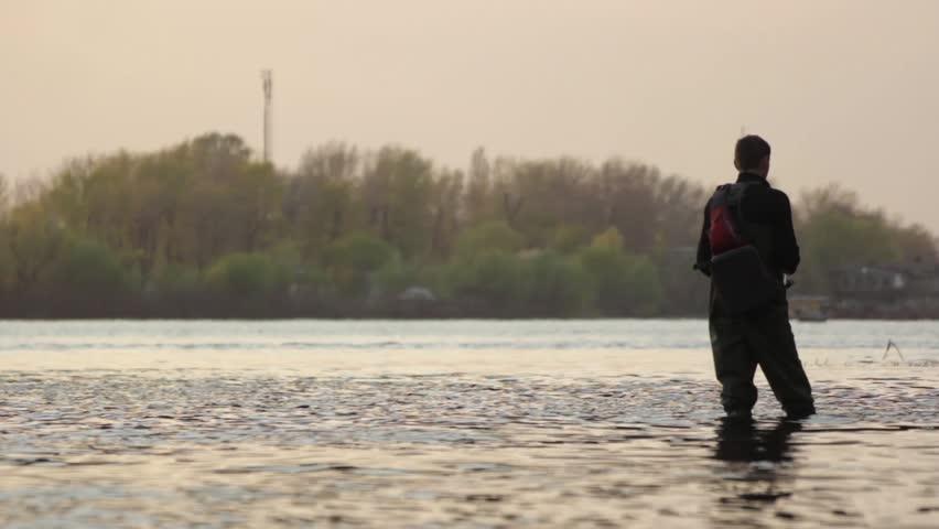 Мужчина женщина на речке видео фото 583-885