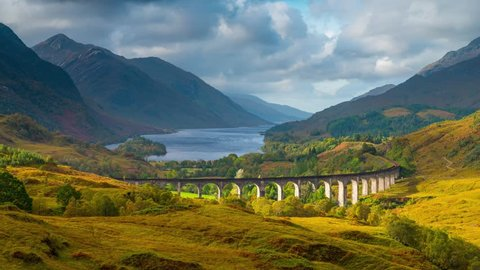 UK, Scotland, Highland, Loch Shiel, Glenfinnan, Glenfinnan Railway Viaduct, part of the West Highland Line, The Jacobite Steam Train, made famous in JK Rowling's Harry Potter as the Hogwarts Express