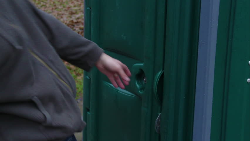Man runs into outhouse and cant hold bladder