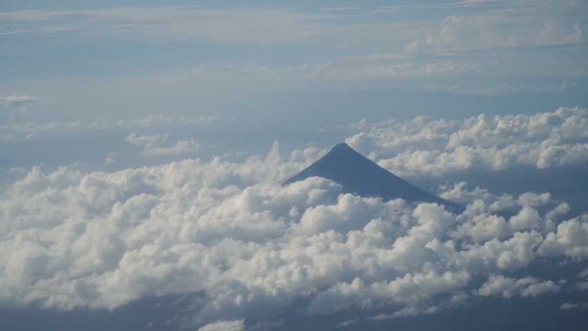plane clouds and mountains - photo #16