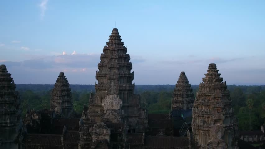 fly over angkor wat 7