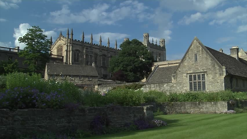 Push zoom into Christ Church in Oxford