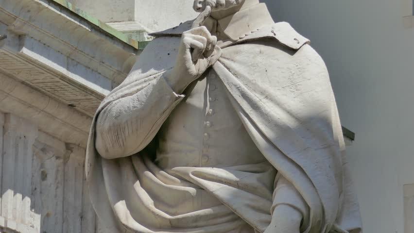 Vicenza - The Andrea Palladio statue, in the Piazzetta Palladio (square) - Vertical motion view