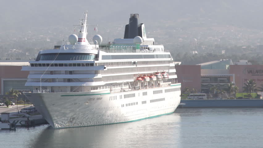 PUERTO VALLARTA JANUARY Timelapse View A Large Cruise Ship - Cruise ship schedule puerto vallarta