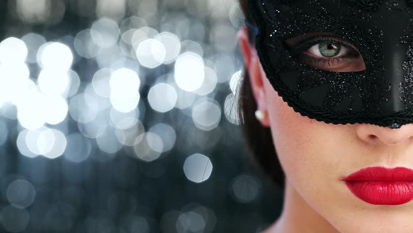 Macro closeup of sexy woman wearing masquerade mask at party 1920x1080 #2604740