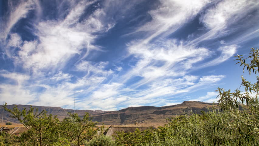 "A cloudscape time lapse in the uKhahlamba/Drakensberg Mountains (""Barrier of Spears"" in Zulu and ""Dragon Mountains"" in Dutch). These spectacular mountains are the highest mountains in Southern Africa"