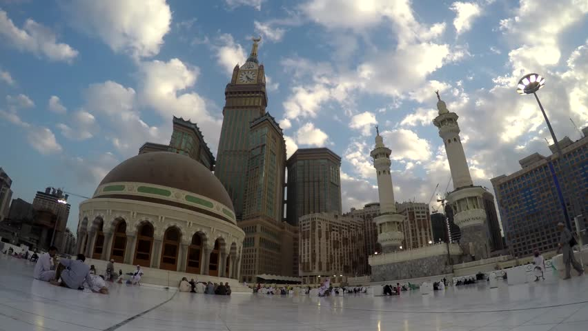On rooftop of Masjid al-Haram Time-lapse (Great Mosque of Mecca) - Makkah Royal Clock Tower Hotel