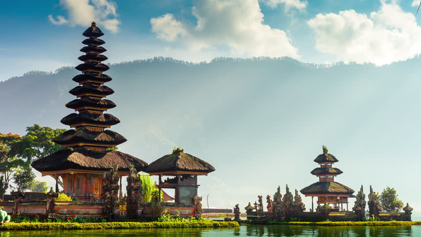 Pura Ulun Danu Bratan Temple In Bali Island. Hindu Temple In Flowers On  Beratan Lake
