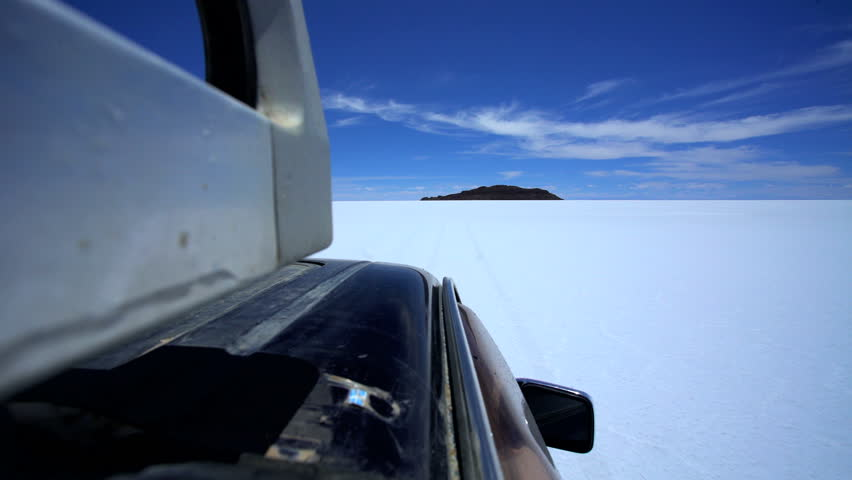 Bolivia South America March View Of Salar De Uyuni Arid - 12 extreme ocean adventures